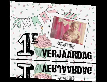 Verwonderlijk Hippe uitnodiging 1e verjaardag meisje met slingers taart en foto NA-23